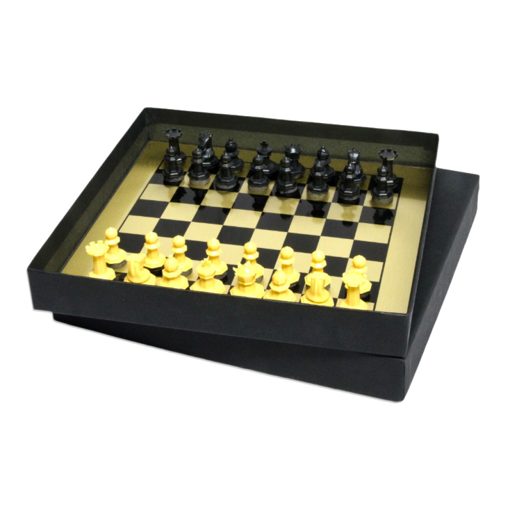 70-304-magnetic-travel-chess
